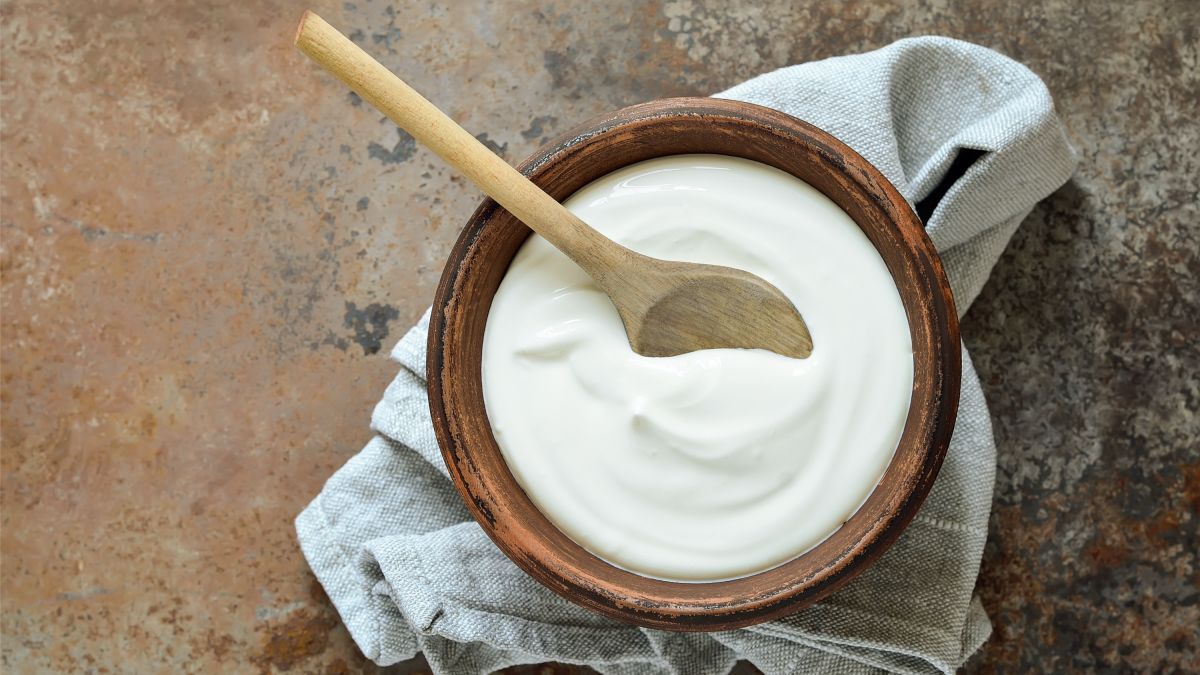 Mix Protein Powder Into Your Yogurt