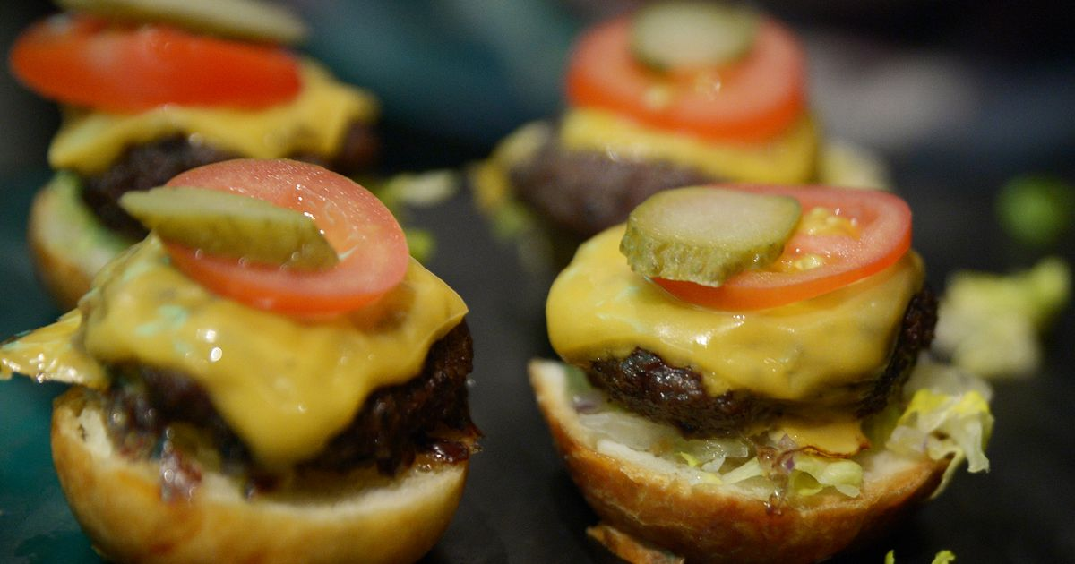 No, Joe Bidens climate plan isnt taking away your precious burgers